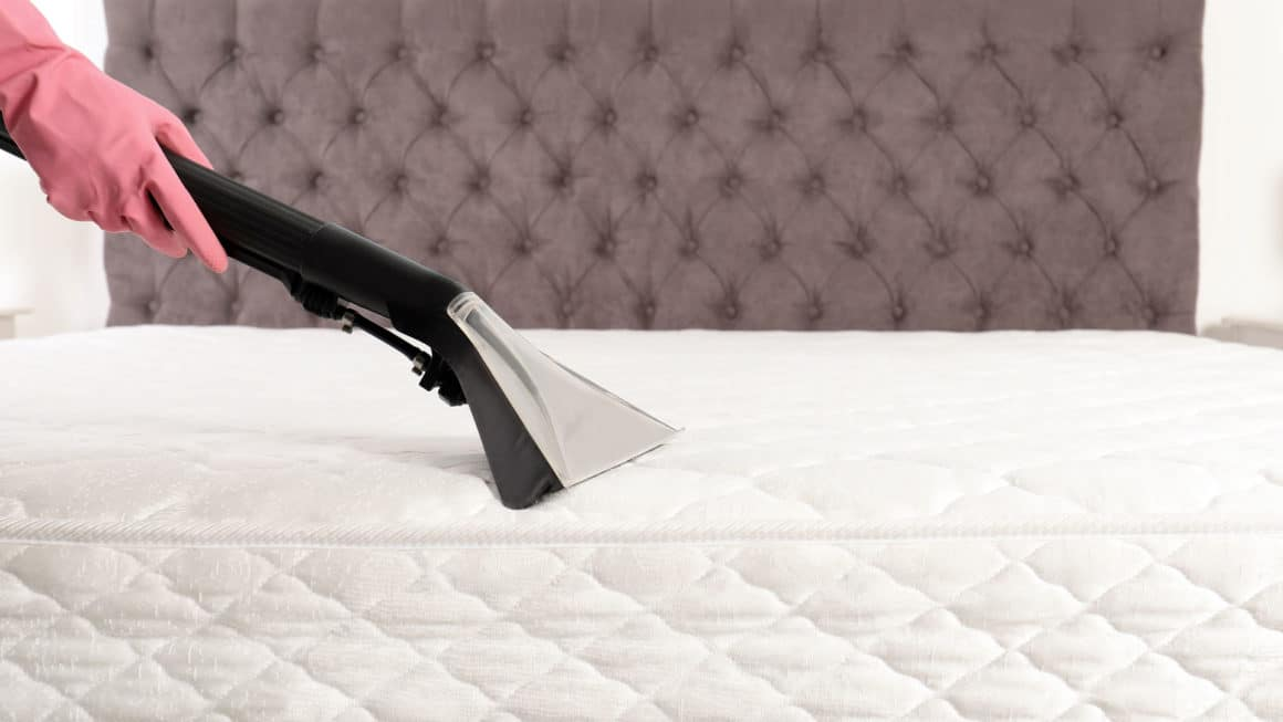 mattress cleaning lux 1 1160x653 1